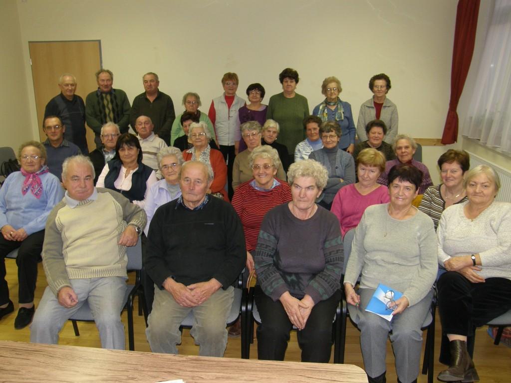 Borostyán Nyugdíjas Klub
