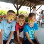 Arcfestés a táborban
